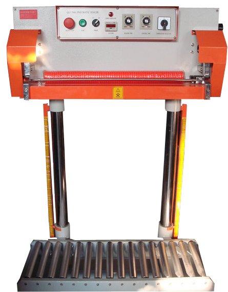 Zgrzewarka impulsowa pneumatyczna CB/QF 700L-2435