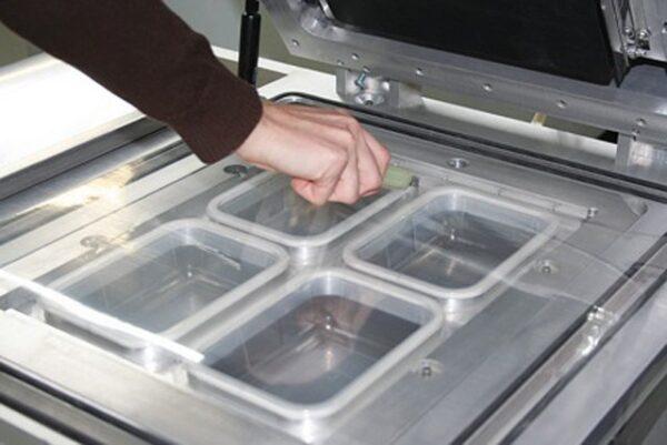 Traysealer do pakowania tacek lavezzini VG 800 LCD-3747
